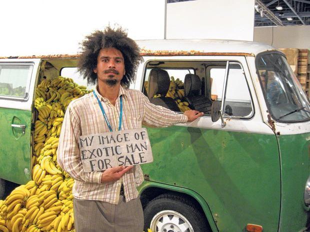 Paulo Nazareth, Banana Market\Art Market, 2012